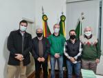 Visita do Deputado Estadual Sergio Turra e seu Assessor, Paulo Costi.